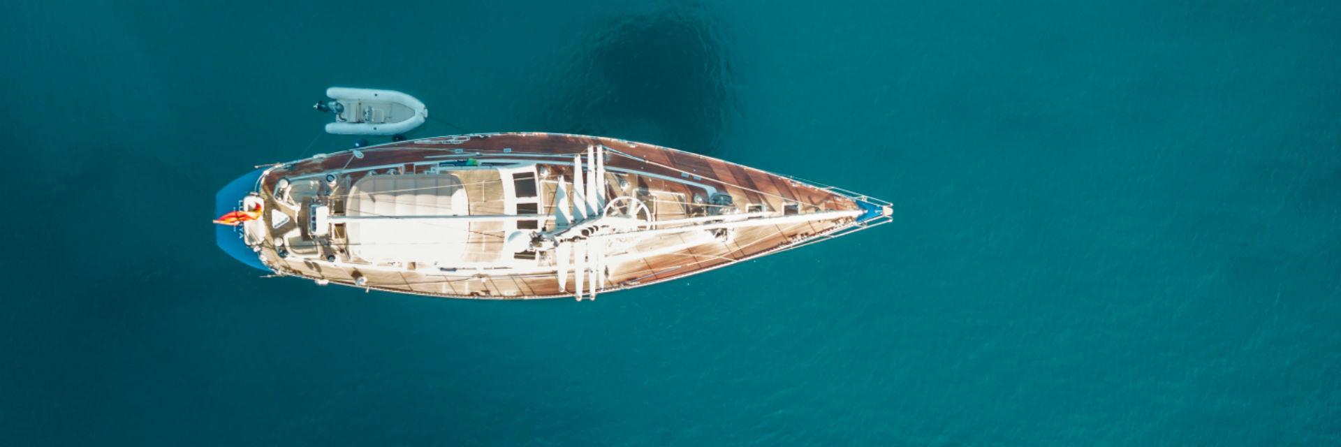 Barco pesca caballa